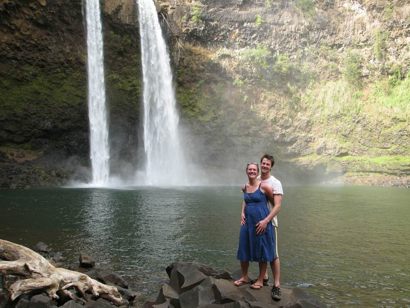 Amie and Steve beside Wailua Falls