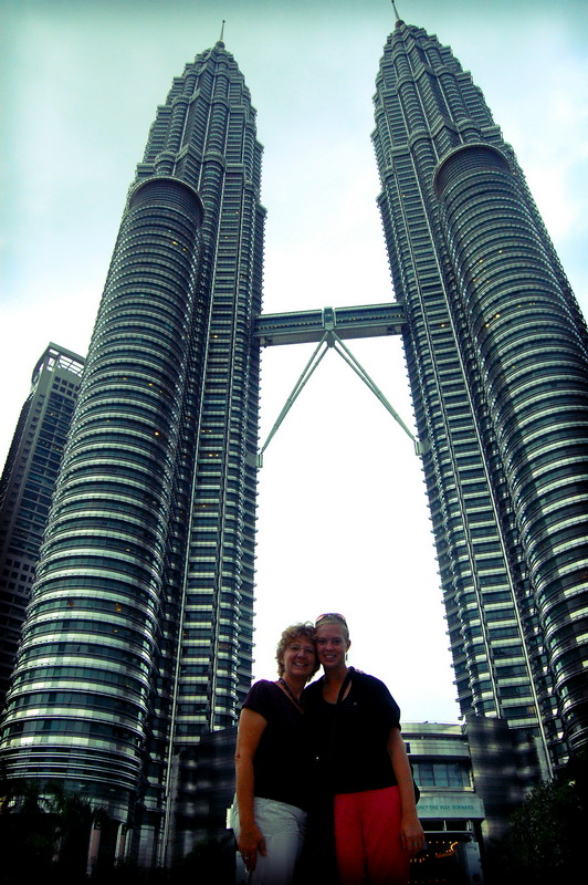 Chantelle and Mom strike a pose in front of the Petronas Towers.