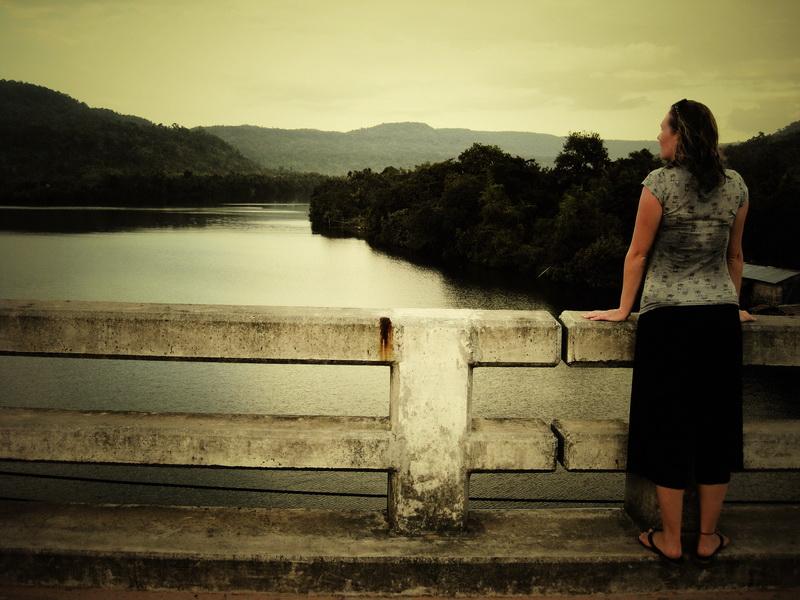 Phum Doung Bridge looking north up the Tatai river