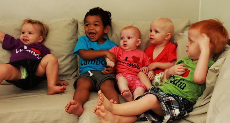Kids on the couch [Aya, Ezra, baby Ezra, Sam, Cedar]