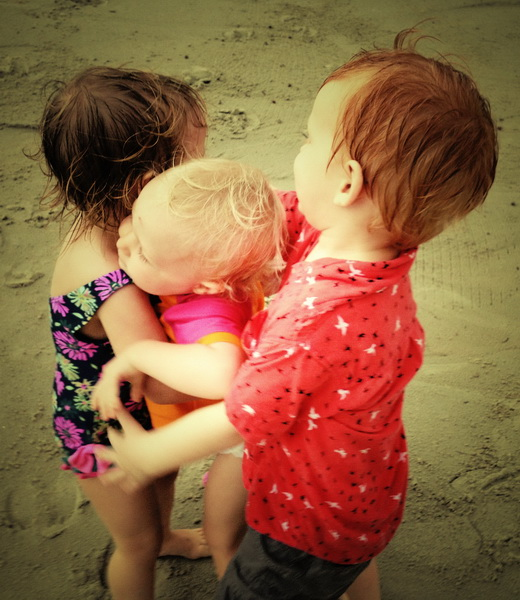 Big hug, we love the beach!