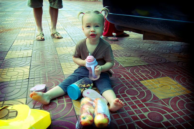 Aya ready for a roadtrip [Kampong Cham]