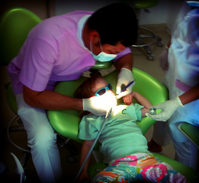 Aya's first dentist experience