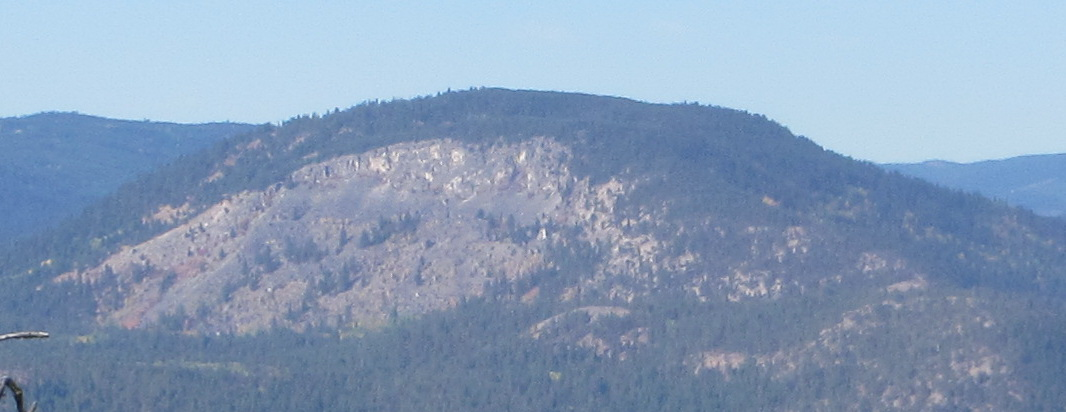 Rocky cliffs on the east side of Lookout Mountian